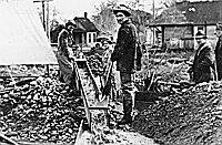 Miners Working Jacksonville Backyard OrHi 57124