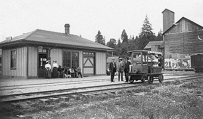Railroad Station at Airlie, 1909 // OrHi 55748